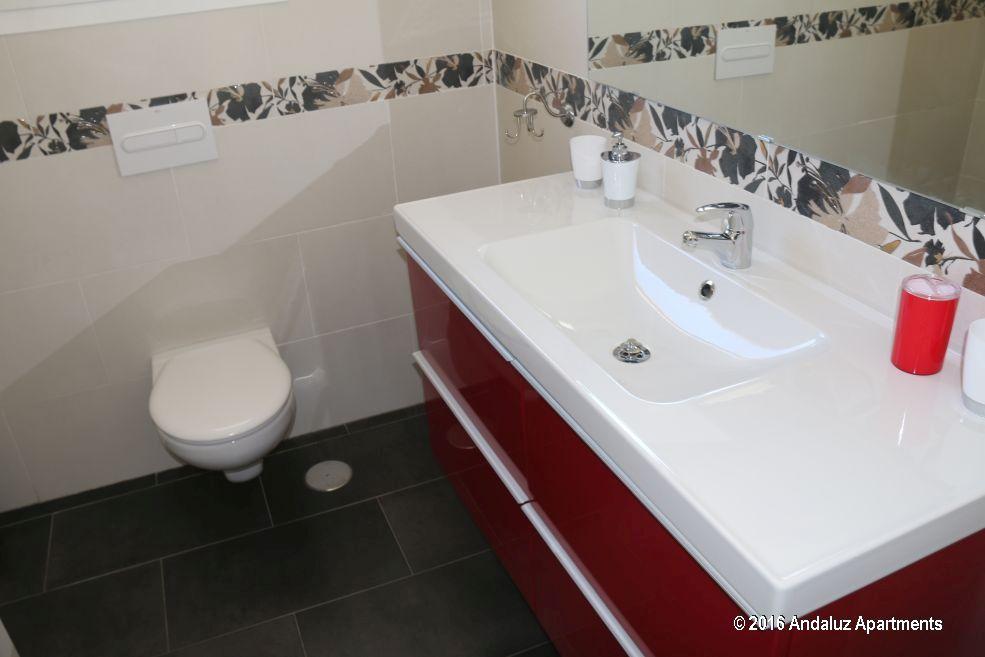 Grote badkamer vakantie appartement TOR04 in Nerja